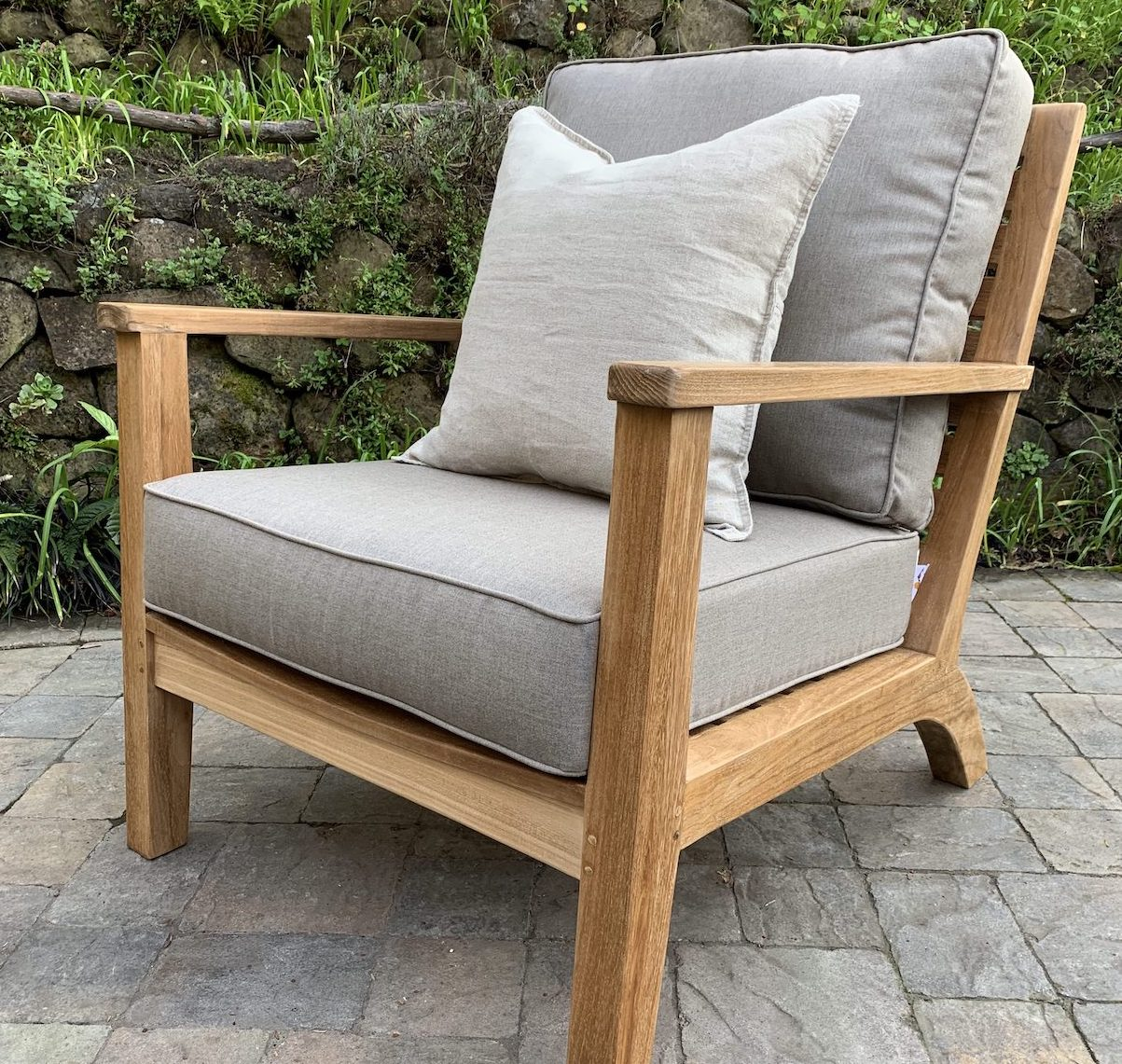 Glen Ellen Deep Seating Lounge Chair
